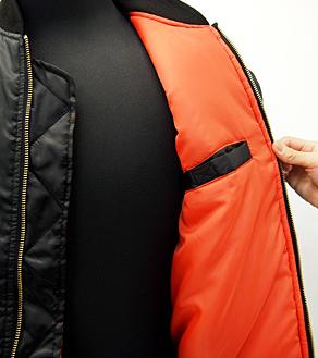 内側のポケット(カラー:�)