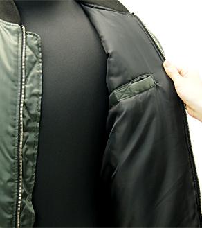 内側のポケット(カラー:チャコールカーキ)