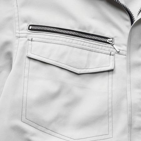 1.胸ファスナーポケット