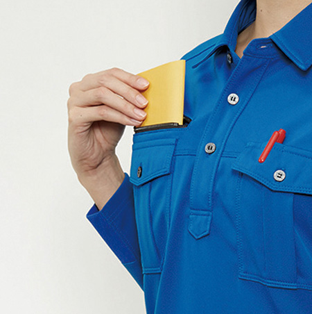 深さ20�右胸ファスナーポケット(半袖707・長袖705共通)