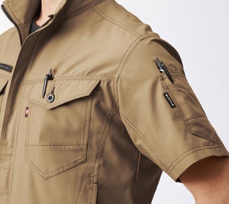 左胸・左袖:ダブルペンポケット