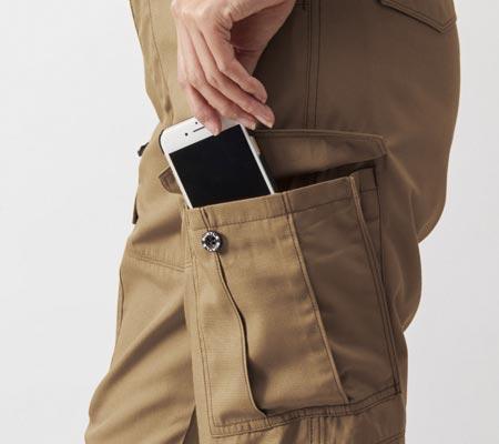 左:Phone収納ポケット