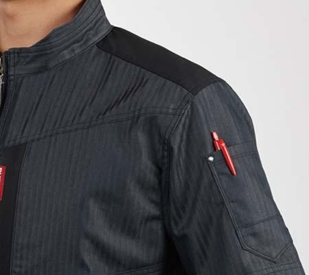 袖ペンポケット(左)/肩コーデュラ補強布使用