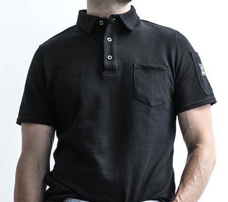 胸元ポケット/袖ポケット