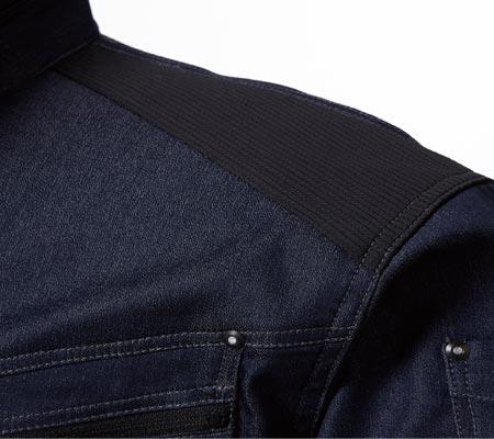 肩部分にワンポイントストレッチニット