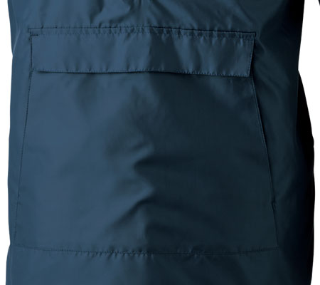 フロントポケット